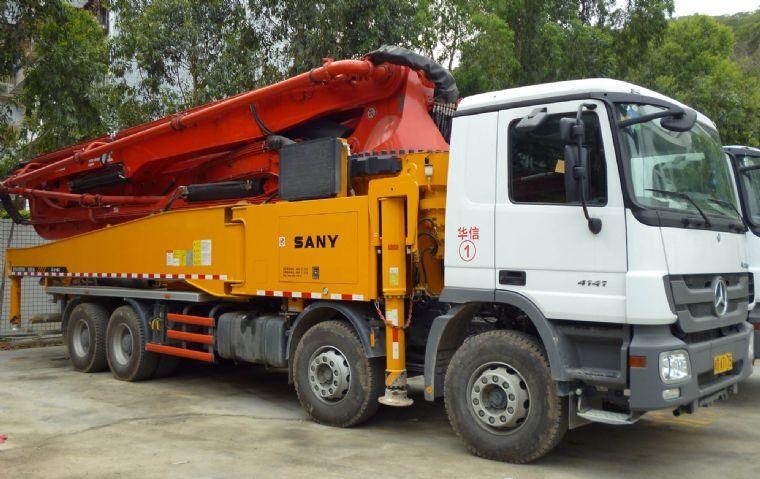 三一52米泵车